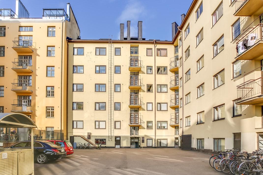 Blok: Kolmas linja 18, 00530 Helsinki