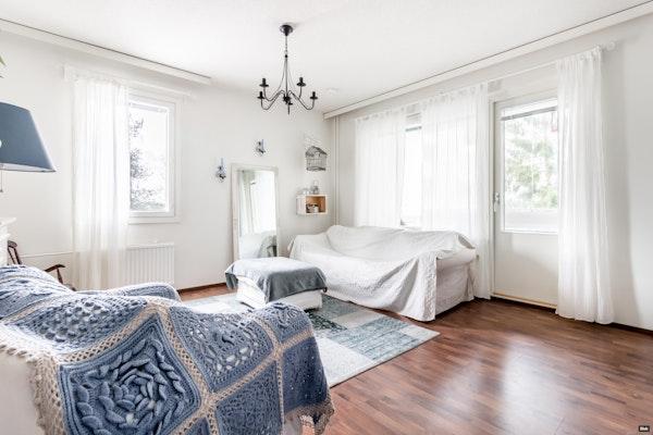 Kodikas ja tilava kolmen makuuhuoneen koti Hervannassa - Lindforsinkatu 17  A 15