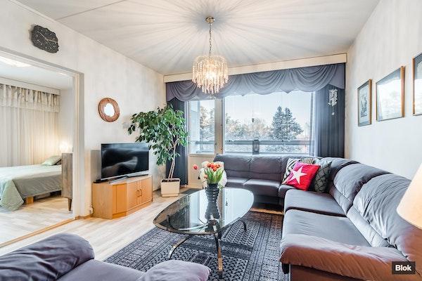Muuttovalmis ja valoisa koti linjasaneeratussa yhtiössä - Sorolaisenkatu 6 B 37