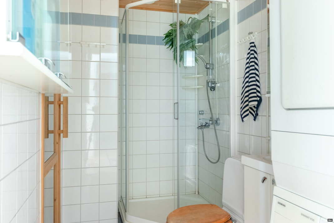 Lastenkodinkatu 7 B 29 Kylpyhuone & Sauna & Erillinen WC