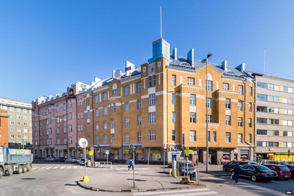Upea kaupunkikoti arvotalossa Hakaniemessä - Sörnäisten rantatie 1 E