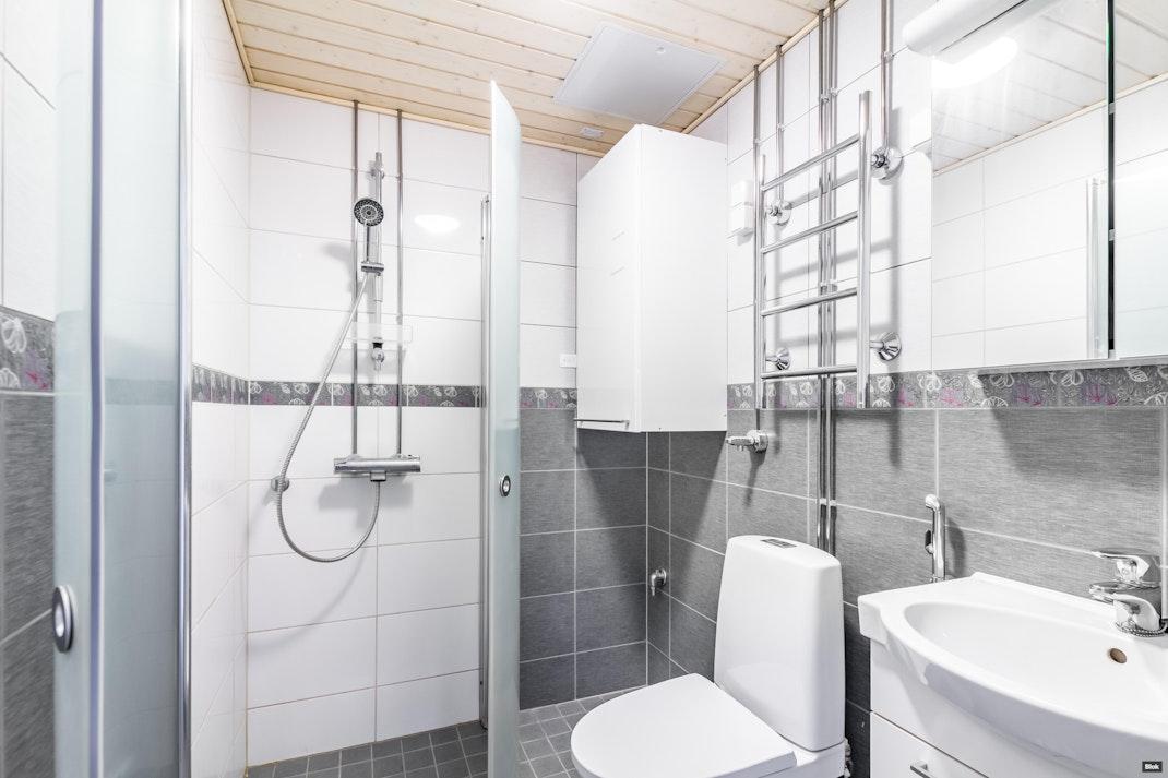 Puutarhakatu 31 A 2 Kylpyhuone