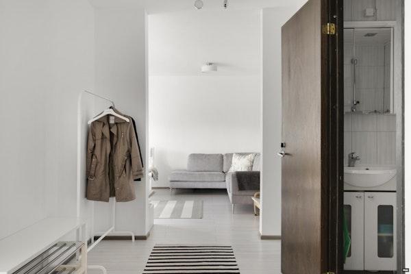 Avara kolmen makuuhuoneen asunto Suikkilassa - Pietarinkatu 3  C 22