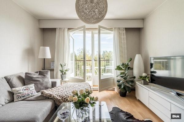 Tilava kaksio huikeilla näkymillä, korkeassa 50-luvun talossa Munkkivuoressa - Ulvilantie 19 Ab 47