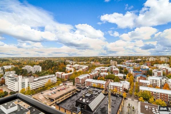 Kolmio Leppävaaran tornitalosta 20. kerroksesta - Valurinkuja 2 A 204