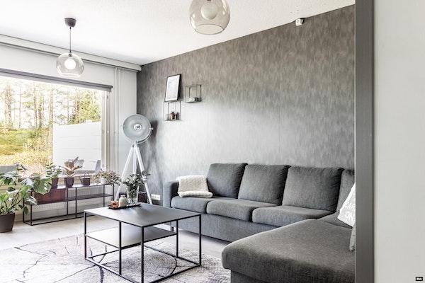 Huipputyylikäs terassilla ja luksustason saunaosastolla varustettu rivitalokolmio Holvastissa - Vestonkatu 57  B 7