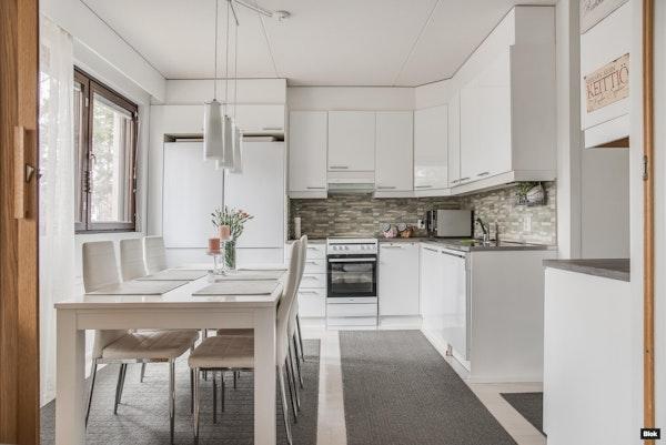 Täydellinen asunto tilaa kaipaavalle perheelle - Talvikkirinne 7 A4