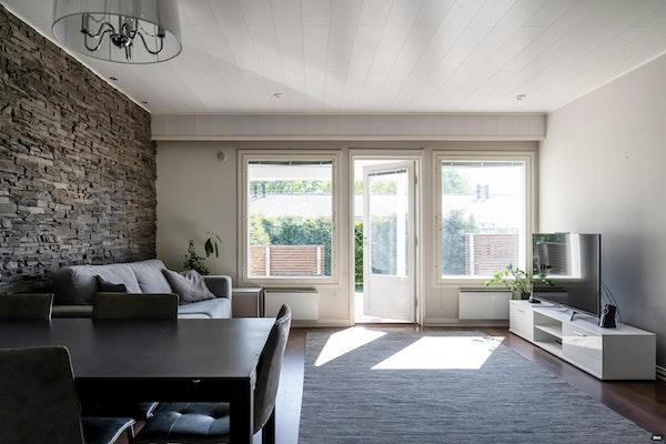 Viihtyisä kahden makuuhuoneen rivitaloasunto Klaukkalassa - Latvatie 1  A 2