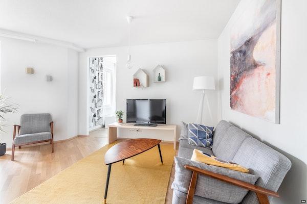 Tilava saunallinen ja parvekkeellinen kolmio, 2015 valmistuneessa talossa Konepajalla - Sahanmäenkuja 4