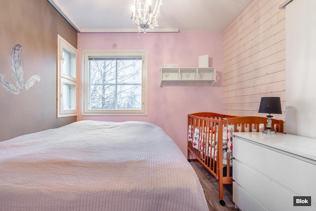 Ylöjärventie 36 A4 Makuuhuone