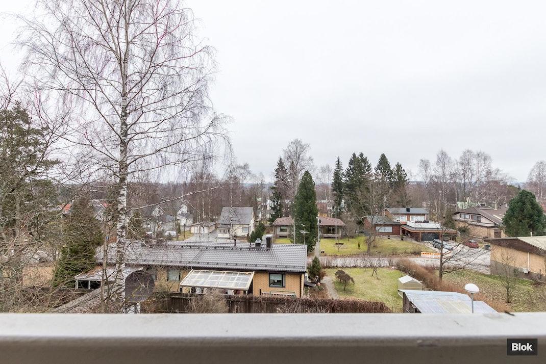 Ylöjärventie 36 A4 Lasitettu parveke & Talo