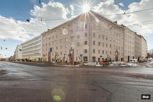 Tyylikäs kaksio Taka-Töölössä - Mannerheimintie 104 B43