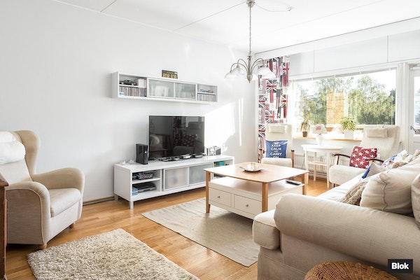 Lämminhenkinen asunto Vantaan Martinlaaksossa - Raappavuorenreuna 4  C 46