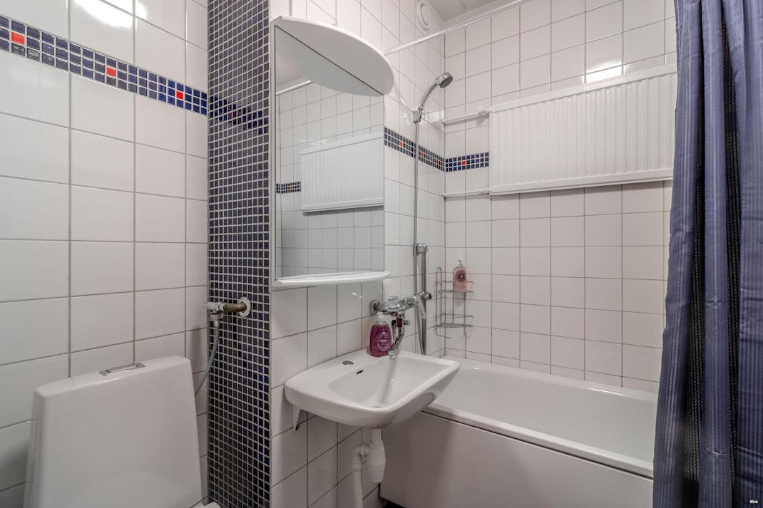 Haartmaninkatu 3 Kylpyhuone