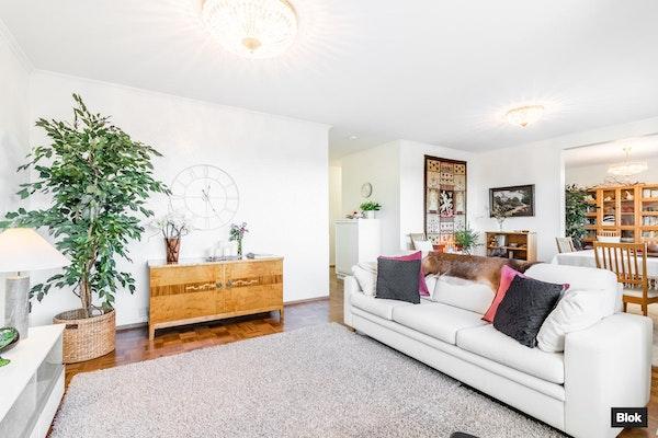 Käytännöllinen, läpitalon iso perheasunto - jopa neljä makuuhuonetta! - Pietarinkatu 3  B 15