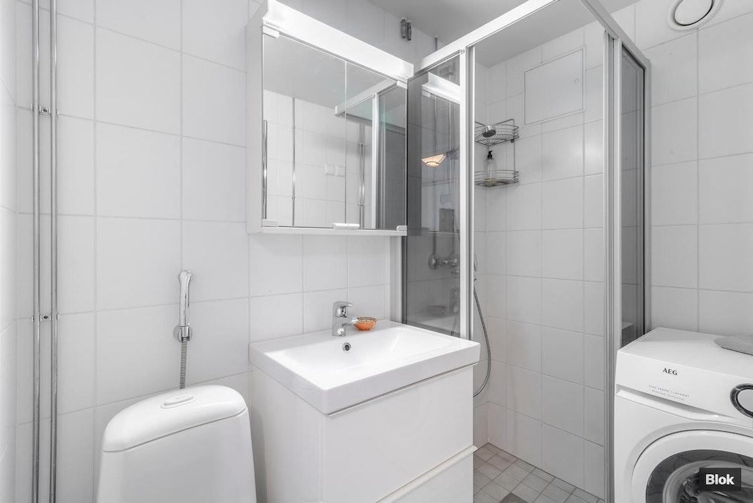 Itäranta 11 B 16 Kylpyhuone