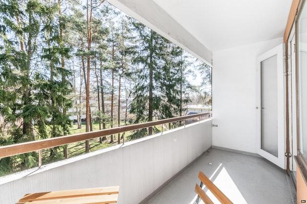Tyylikäs remontoitu ja muuttovalmis kulmakaksio Vuosaaressa - Lokkisaarentie 9  B295