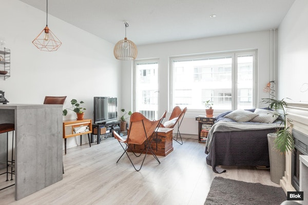 Modernin kotoisa HITAS-yksiö Kruunuvuorenrannan uudella asuinalueella - Gunillantie 18