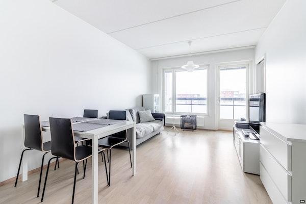 Fiksupohjainen kaksio 2017 valmistuneen talon 7. kerroksessa Olarissa - Puolikuu 2