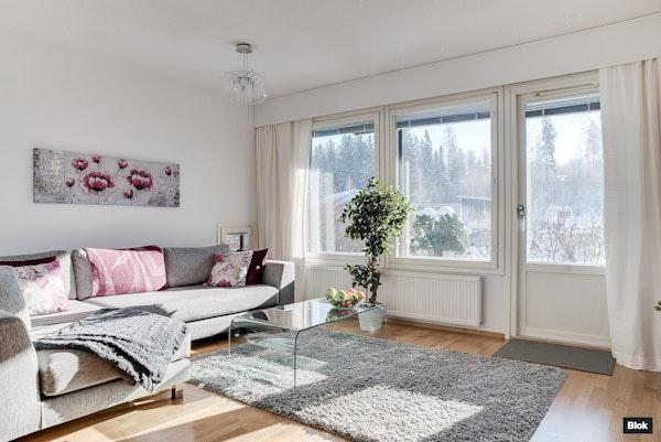 Siistikuntoinen, valoisa rivitalokoti Vantaalla - Päiväkummuntie 8  G 14