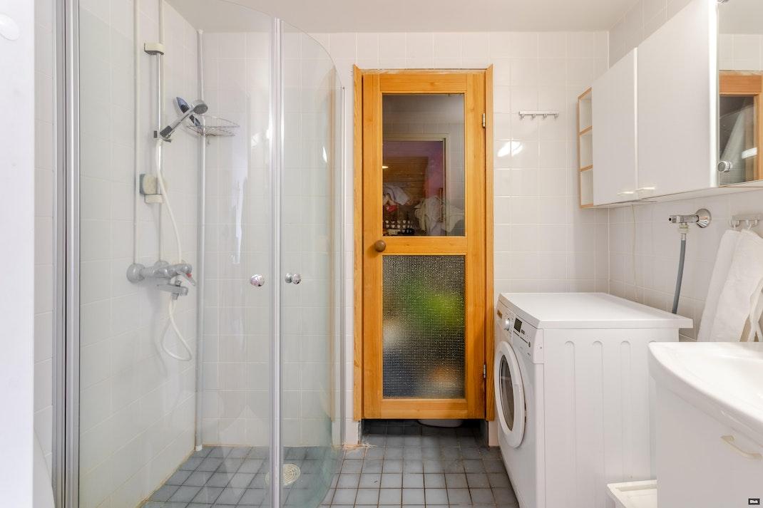 Uudenmaankatu 19 A 8 Kylpyhuone
