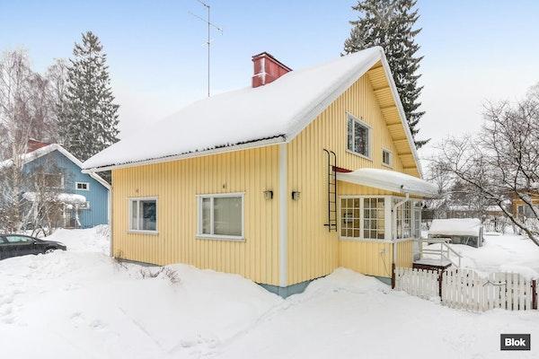 Myynnissä rustiikkinen puutalo-osake Keravalta - Tuohitie 7 C