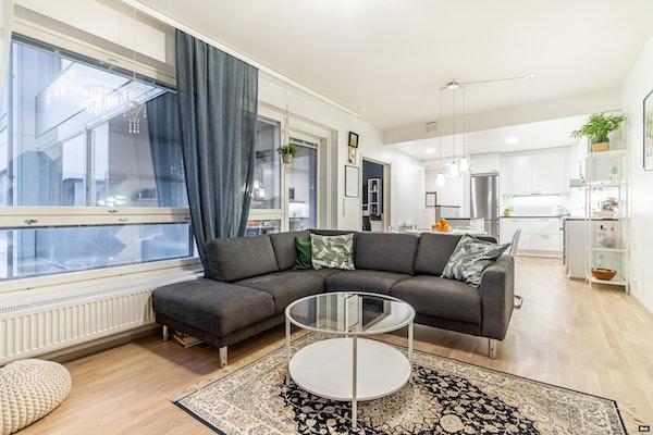 Uudenkarhea kaksio Hatanpäällä, 2017 valmistuneen talon viidennessä kerroksessa - Hatanpään puistokuja 29  A 31