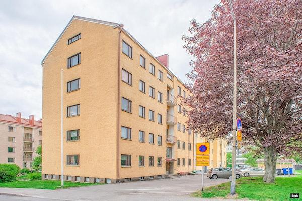 Upea kolmio putkiremontoidusta talosta Alppilassa - Heinolankatu 4 A 20