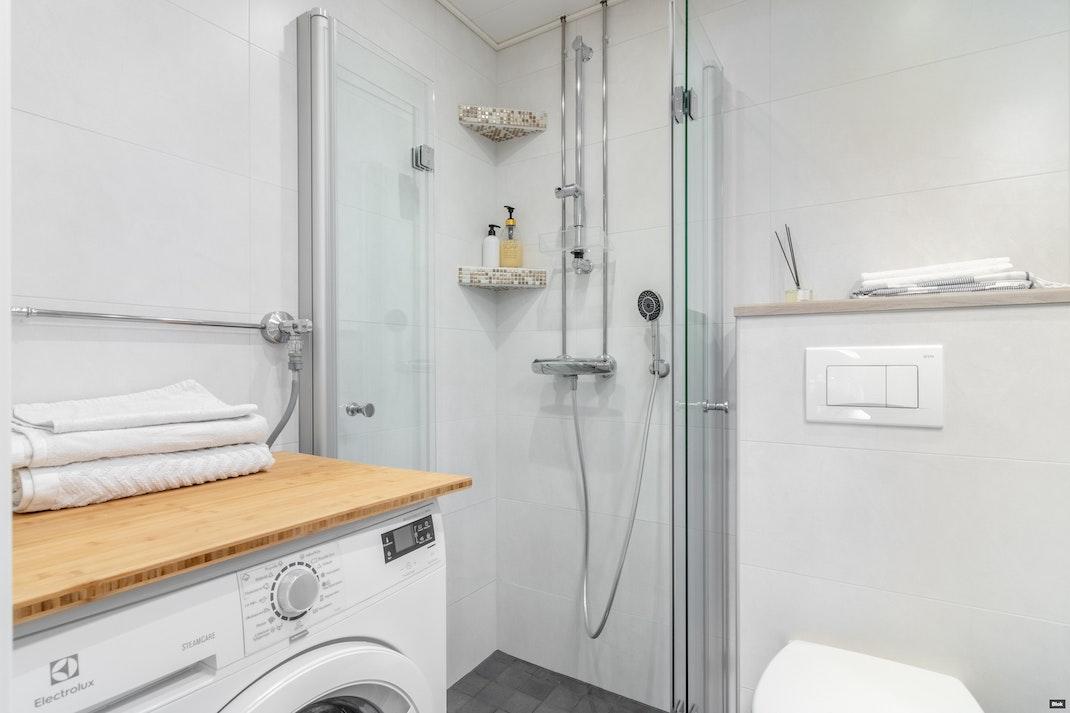 Välppätie 1 as. 9 Kylpyhuone