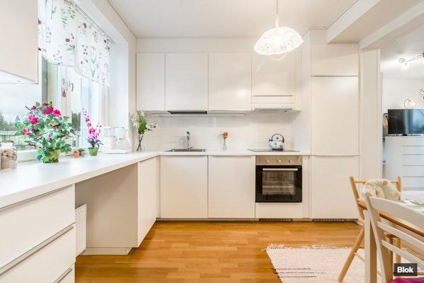 Valoisa vuonna 2016 rakennettu asunto Vantaan Ilolassa - Laulukuja 4 A