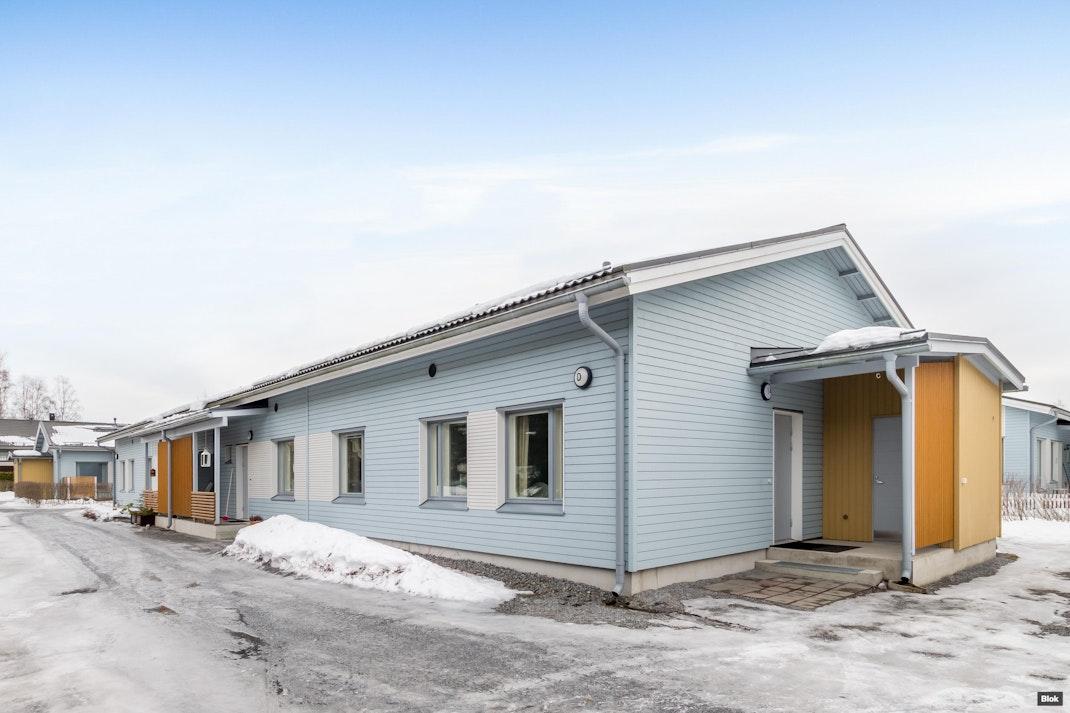 Heinämiehentie 7 D 14 Terassi & Piha & Talo