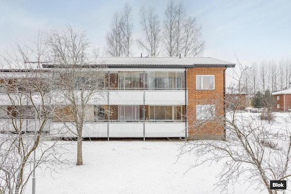 Valoisa ja muuttovalmis koti Jyväskylän Taulumäellä - Lahjaharjuntie 1  A 5
