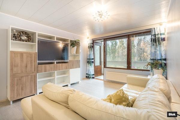 Kauniisti remontoitu koti - Kirstinsyrjä 6  A 8