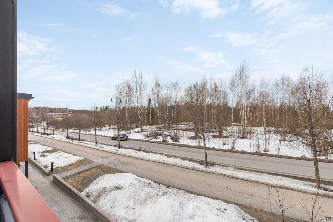 Harakkaranta 4 B 9 Parveke & Julkisivu