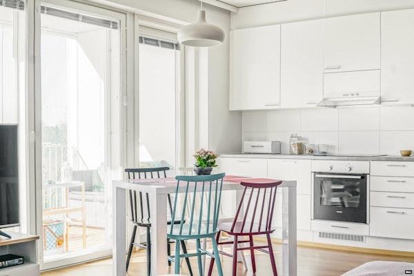 Saunallinen ja parvekkeellinen kolmio, 2018 valmistuneessa talossa Kynsilehdossa - Sienitie 10  B 23