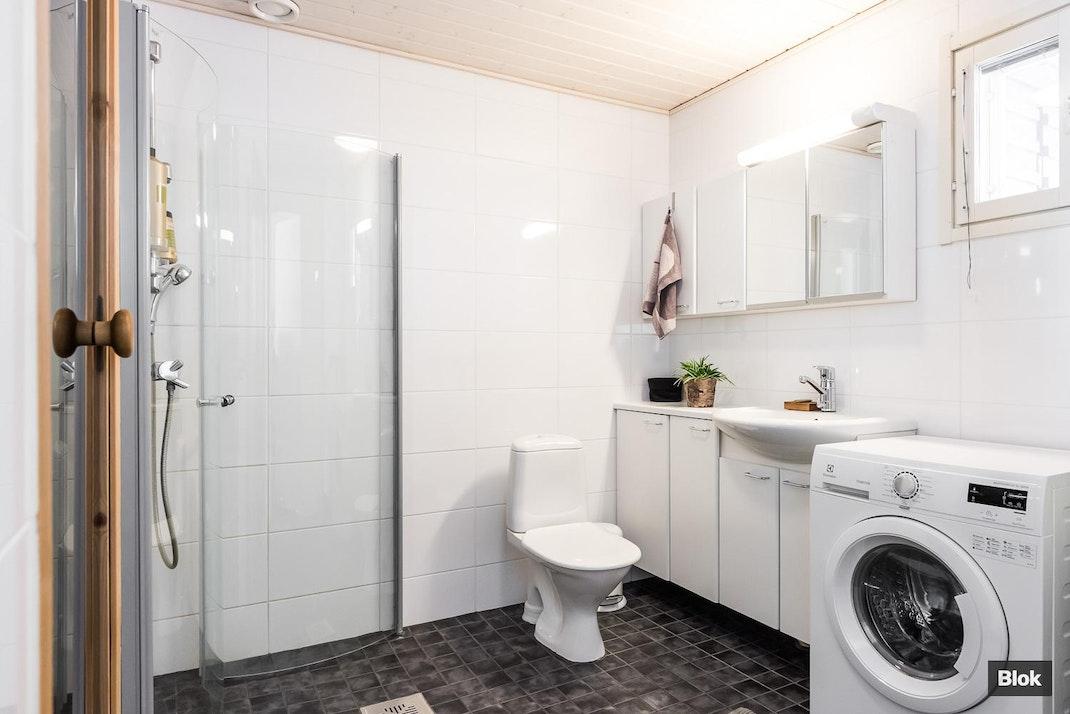 Pellonpääntie 3 B 9 Kylpyhuone & Sauna