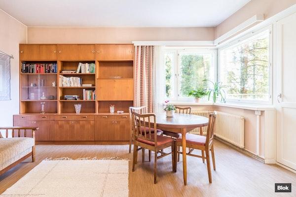 Valoisa koti rauhallisessa puistoympäristössä Pohjois-Haagassa - Simsiönkuja 3 A7 A 7